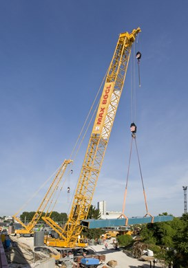 liebherr-lr-1350-1-working-position-parking-bridge-building-strassbourg-fran.jpg