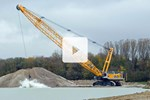 Liebherr 300 t duty cycle crawler crane HS 8300 with Pactronic® hybrid drive