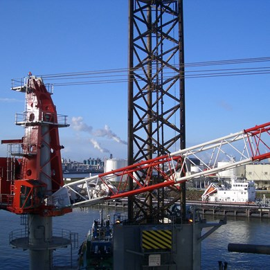 liebherr-oc-mtc-2600-mast-type-crane-oil-and-gas-industry-sea-fox-2-1.jpg