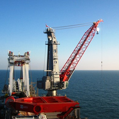 liebherr-oc-mtc-6000-mast-type-crane-oil-and-gas-societé-d'exploration.jpg