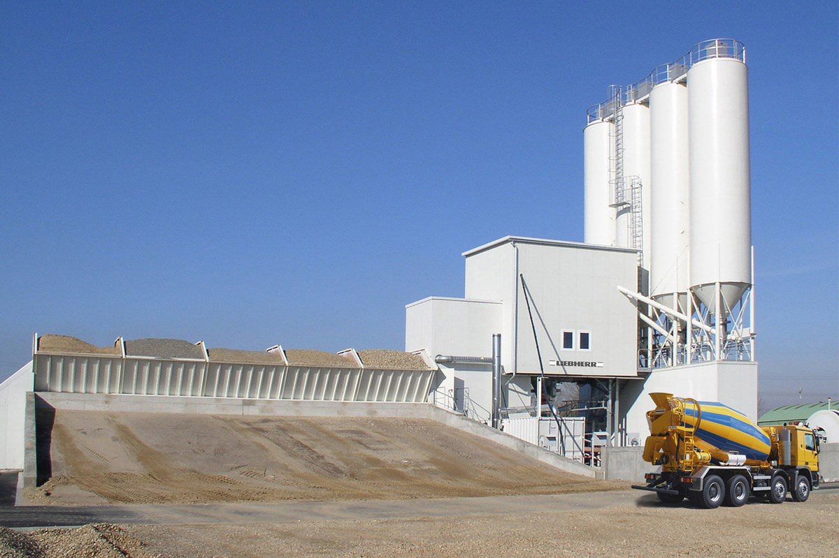Cement Loading Plant : Betomix horizontal mixing plant liebherr