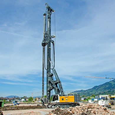 liebherr-lb-44-rotary-drilling-rig-CFA-continuous-flight-auger-drilling.jpg