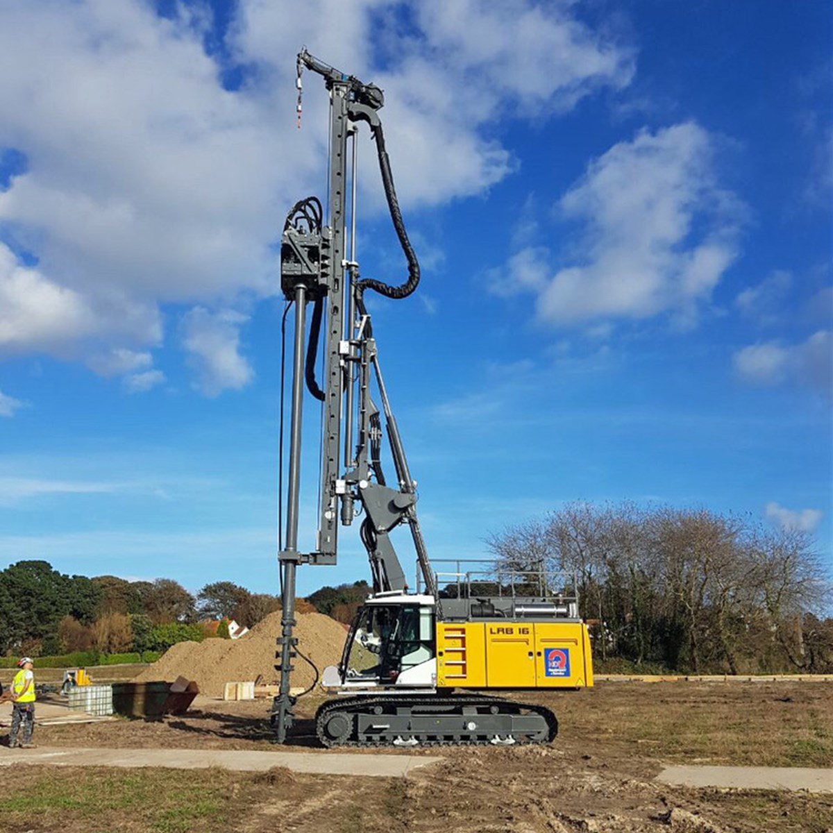 Lrb 16 Piling And Drilling Rig Liebherr