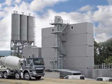 liebherr-mixing-plant-mobilmix-2-5-tower-silo.jpg