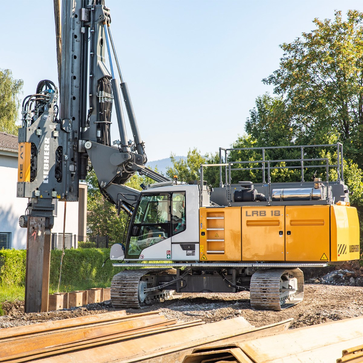 LRB 18 Piling and drilling rig - Liebherr