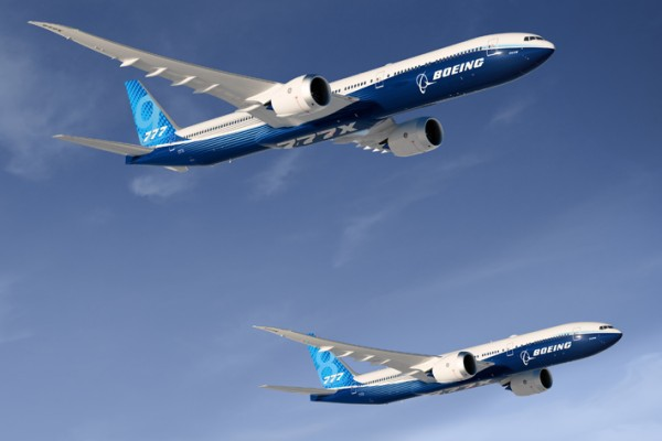 Boeing 777-8 and 777-9 flying together - © Boeing