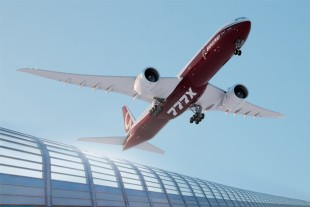 Boeing 777X taking off - Photo: Boeing