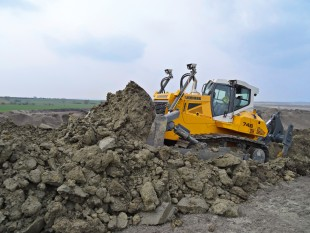 liebherr-crawler-tractor-reliability