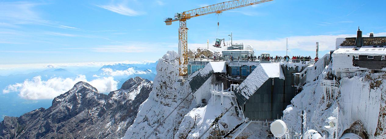 Construction machines - Liebherr