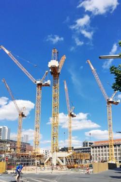 Liebherr - Tower Crane Center - Liebherr