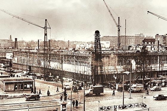 Tower Crane Inventor : Liebherr