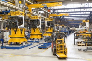 Crane production at Liebherr-Werk Biberach GmbH