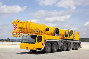 Mobile cranes for the Japanese market sold and distributed by Liebherr Japan Co., Ltd.