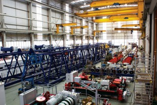 Assembly hall for container cranes in Killarney (Ireland)