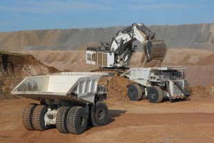 Mining equipment for open-cast mining
