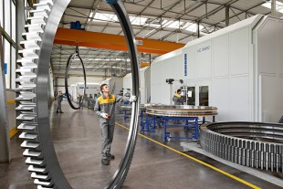 Large diameter bearings from the Components division