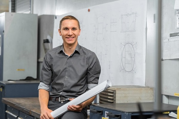 In his daily work, he is constantly inspired by Liebherr products – by their size, technical complexity and what they can do.