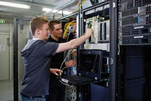Commissioning of a new server
