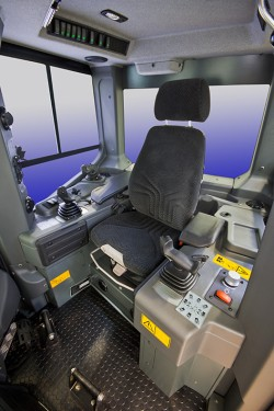 One feature in the 70 tonnes category is the intuitive control interface housed in the PR 776 operator's cab.