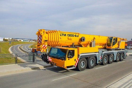 Liebherr presents the six-axle LTM 1300-6.2 at Bauma China.