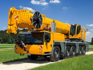 The new LTM 1160-5.2 can achieve hoist heights of up to 99 m