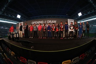 The highlight of the ceremony was the draw for the 16 best players.