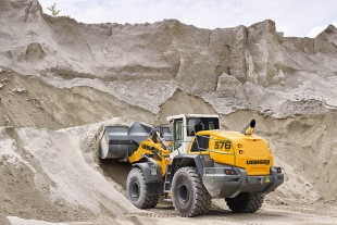 The L 576 XPower® is the largest wheel loader at Liebherr's Intermat stand.