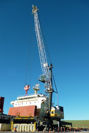 The new LHM 420 will be the eighth mobile harbour crane Qube ordered from Liebherr