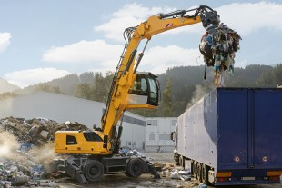 The Liebherr LH 22 M Industry Litronic mobile material handler is a powerful yet economical machine that has been specifically designed for recycling applications.