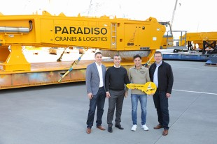 Crane handover of the used Liebherr LR 1750 crawler crane.