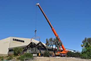 The Art Sculpture being installed at the Liebherr facility in Redcliffe, Perth.