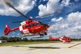 For important missions: The H145 flies with Liebherr technology on board. © Airbus Helicopters