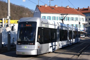 Liebherr will provide reliable customer service for the air conditioning systems of the Variobahn in Graz (Austria). - © Holding Graz