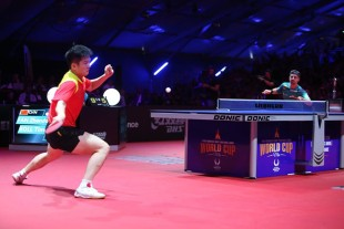 Finale beim Liebherr Men's World Cup: Fan Zhendong - Timo Boll 4:1