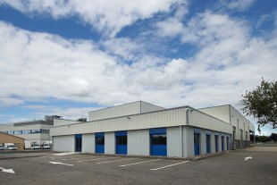 The new logistic distribution center of Liebherr-Aerospace in Toulouse.