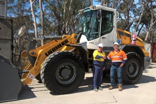 Percy Briggs (Operator at Maldon, NSW) and Paul Findlater (Liebherr-Australia) with Boral's L 538 Z IIIA Wheel Loader.