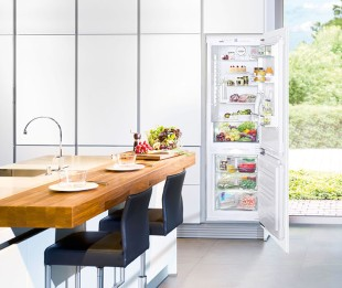 The new integrated NoFrost combined fridge-freezer ICNP 3356 by Liebherr offers 'defrost-free' freezing and top energy efficiency