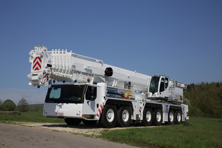 Mobile Crane Axle Loads : Liebherr to show its new ltm six axle mobile