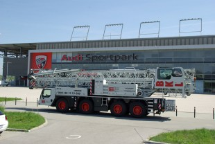 Liebherr MK 88 Plus mobile construction crane for the new BKL Baukran Logistik site