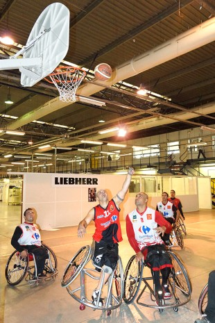 Wheelchair basketball game organized at Liebherr-Aerospace Toulouse during the Disabled Workers Awareness Week