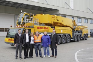 From left to right: Florian Maier (Liebherr-Werk Ehingen GmbH), Sebastian Götz, Nadine Kopka, Mario Droß, Jürgen Gröschel (all Max Bögl GmbH & Co. KG), Wolfgang Sailer (Liebherr-Werk Ehingen GmbH)