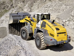Liebherr wheel loader L 580, one of Liebherr's exhibits at bC India 2014, operating in the gravel pit.