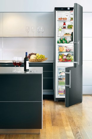 BlackSteel: high-quality black stainless steel