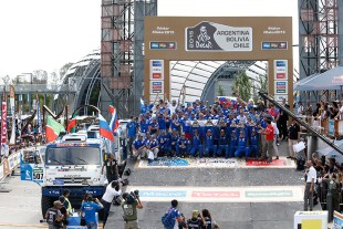 Equipped with V8 diesel engines from Liebherr, the racing trucks from the Kamaz Master team came first, second, third and also fifth in the Dakar Rally.