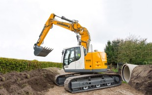 Liebherr will be presenting the new Liebherr R 926 Compact crawler excavator for the first time on the Norwegian market.