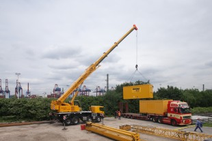 Liebherr truck mounted crane LTF 1060-4.1 with 40 m telescopic boom