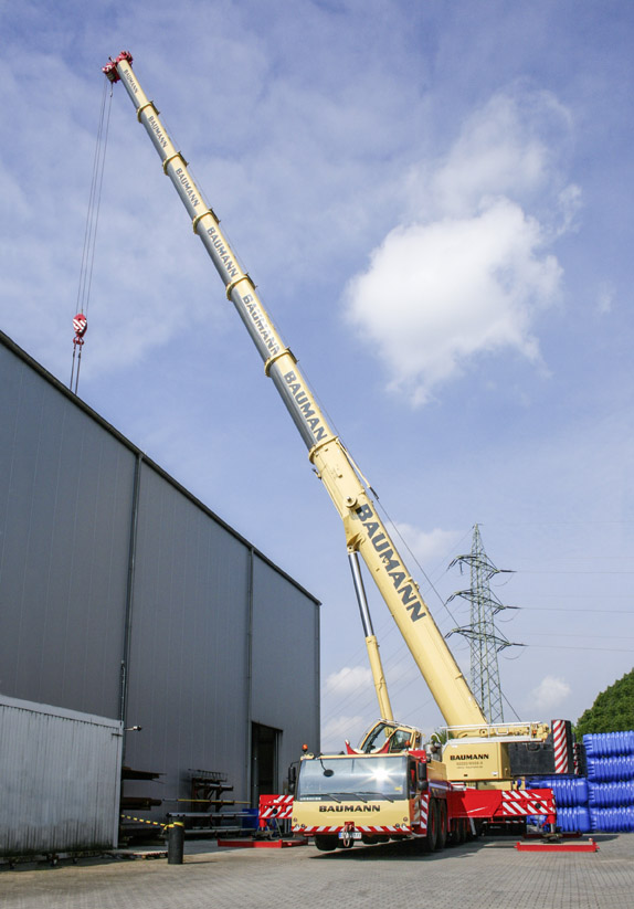 Rigante Telescopic Mobile Cranes : Ltm mobile crane with liebherr single engine