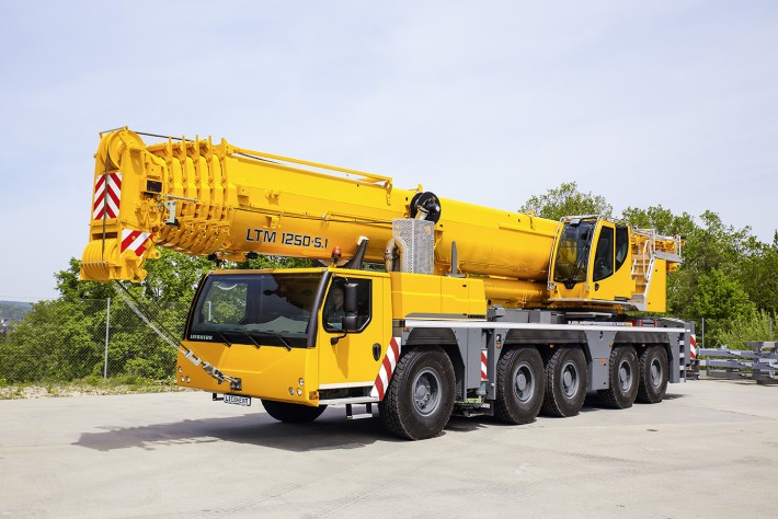 Mobile Crane Axle Loads : The most powerful axle mobile crane on market