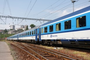 Liebherr refurbishes HVAC systems of České Dráhy RIC trains