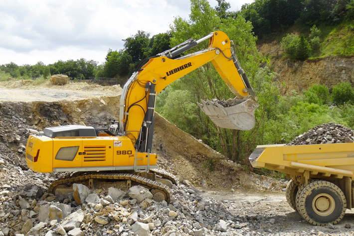 Two Liebherr R 980 SME models for direct excavation: Schwenk